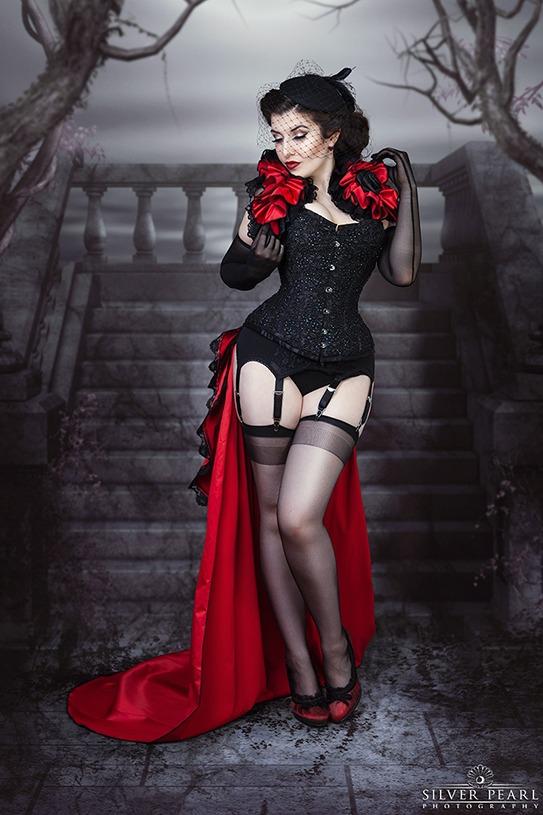 Gothic Burlesque Korsett Strümpfe Diva