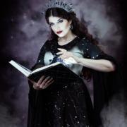 Maerchen-Zauberbuch-koenigin-magisches-fotoshooting